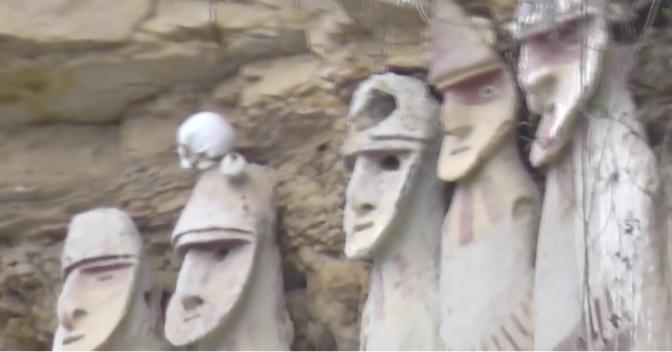 Die Sarkophage von Karajia